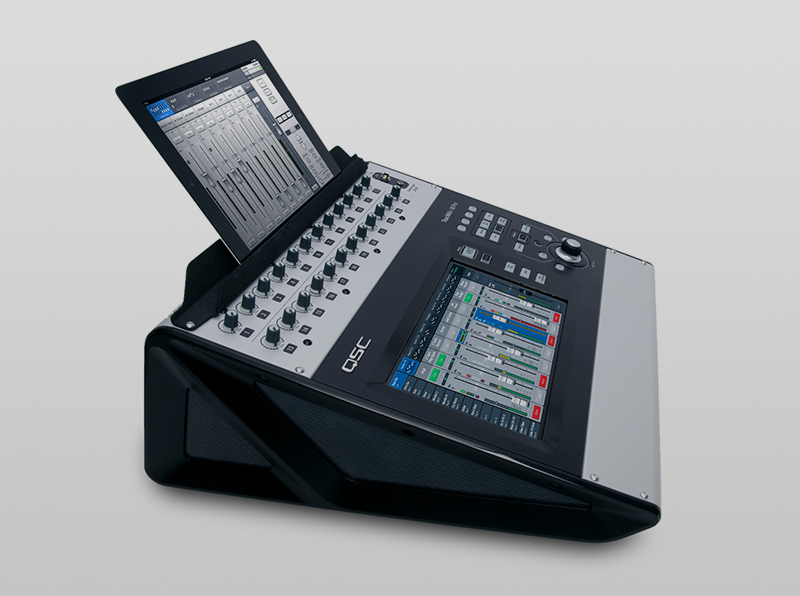 NOVINKA-qsc-touchmix-30pro