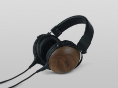 NOVINKA-Fostex TH610